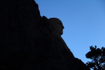 20140518-003-MtRushmore-Sunrise