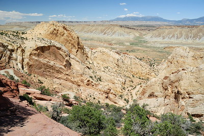 Above the Burr Trail Switchbacks