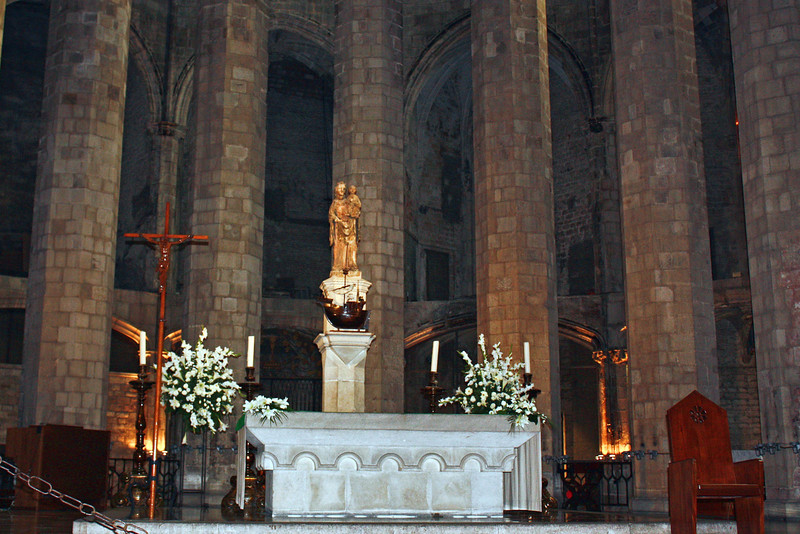 Interior of the 14th century Catalan Gothic Cathedral, Santa Maria del Mar.