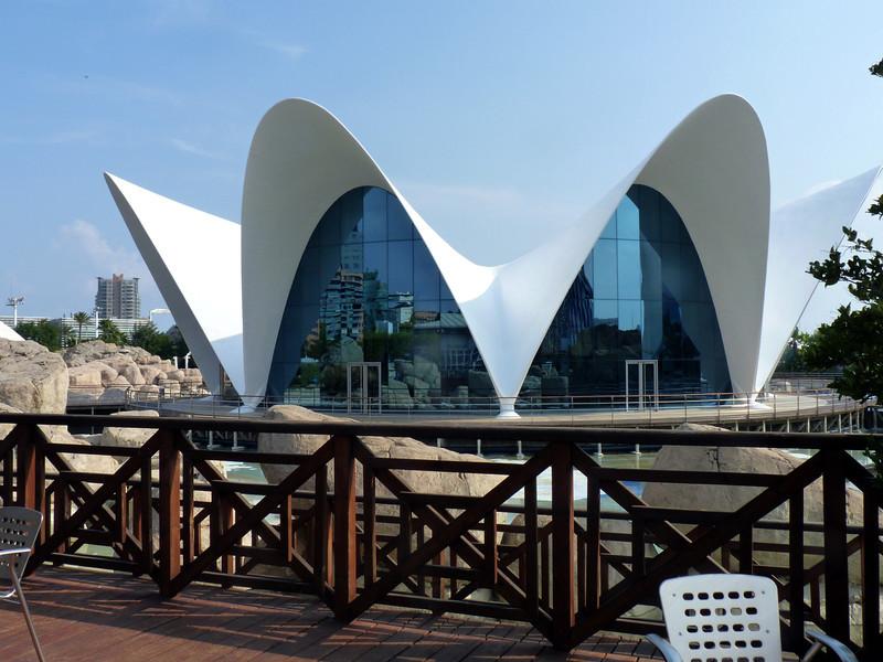 One of the five buildings in the Oceanogràfic complex, the largest aquarium in Europe.