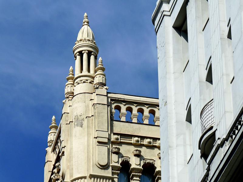 Gran Via architecture.