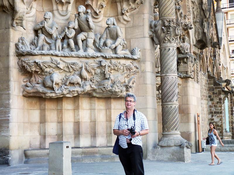 Rustem in front of the Nativity facade of Sagrada Família.