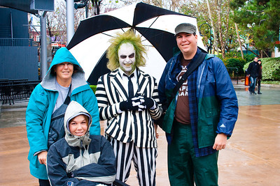 2010 - Jan - 18-24 - Family Disneyland Trip-8351