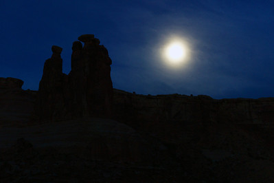 Three Gossips before sunrise, Arches National Park