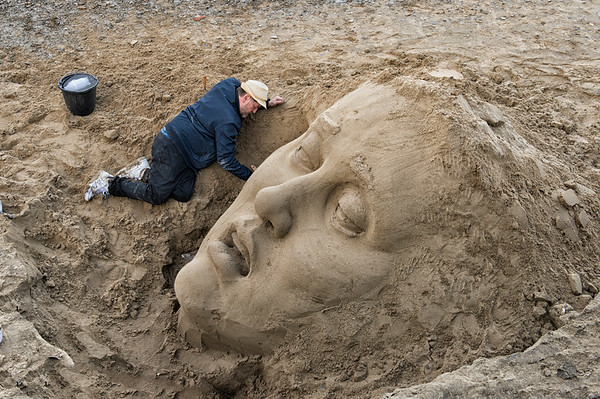 Sand sculpture  River Thames