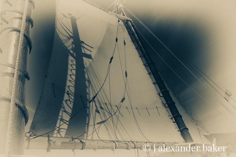 Mast Shadow