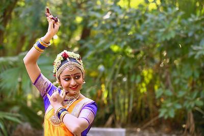 Vaishvi1 0028
