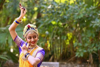 Vaishvi1 0027