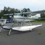 Watervliegtuig (kan ook vanaf land opstijgen)