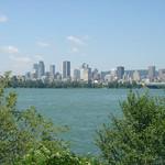 Centrum van Montreal gezien vanaf het eiland