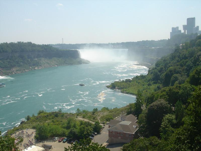 De grote ronde waterval