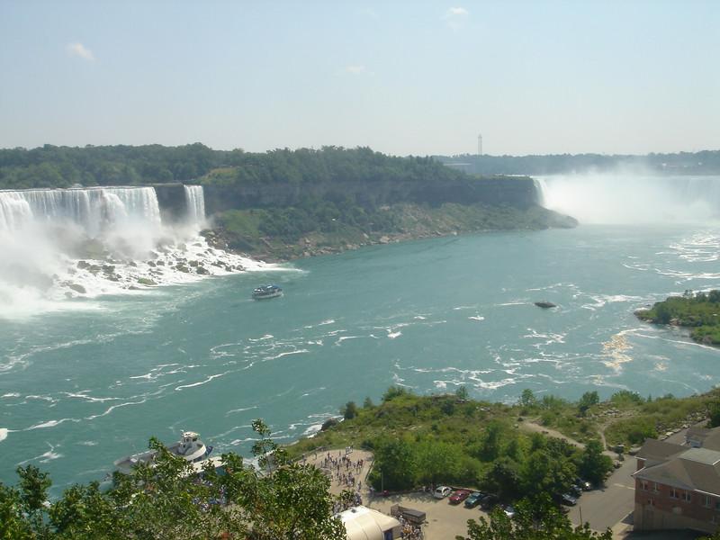 Beide watervallen op 1 foto