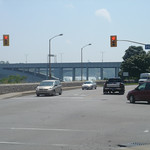 Eerste blik op de waterval in het plaatsje Niagara