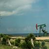 Rijen oliepompen gezien