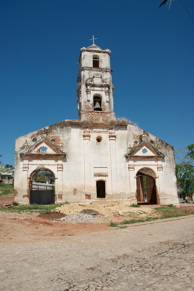 Kerkje op de rand van Trinidad