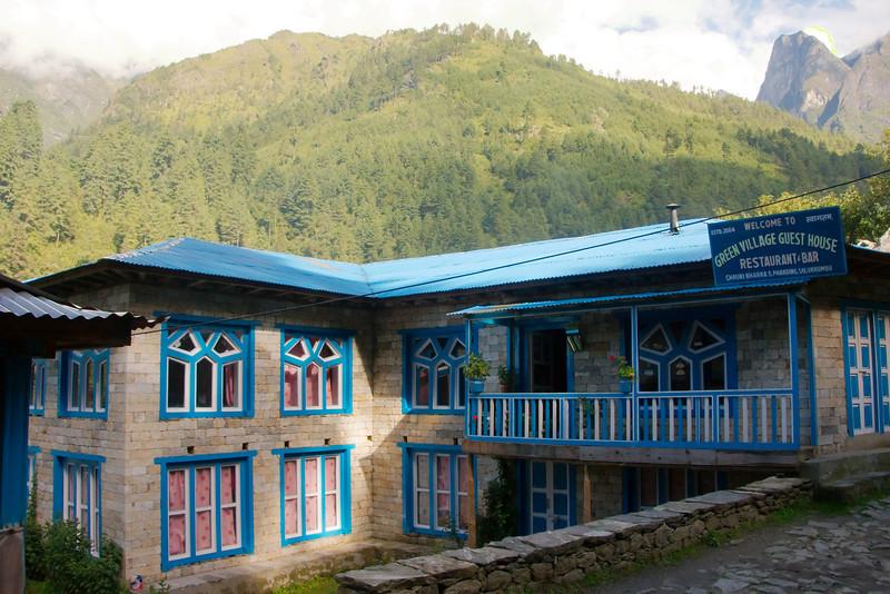 Ons hotel in Phakding op 2610 meter hoogte