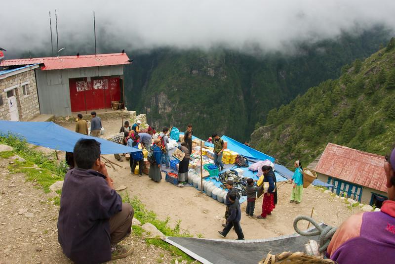 Markt in Namche Bazar (3440 meter)