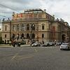 Het Rudolfinum, nu weer concertzaal daarvoor Tsjechisch Parlement