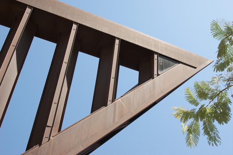 Yizhak Rabin monument