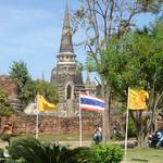 Door Burma kapot gemaakte tempel