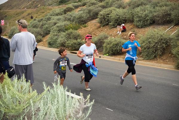 Evan and Karen finish the 5K (Photo by Valerie Iwasaki)
