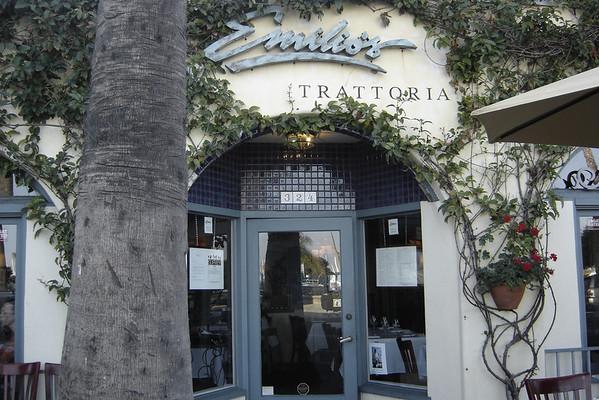 Emilio's - Entrance