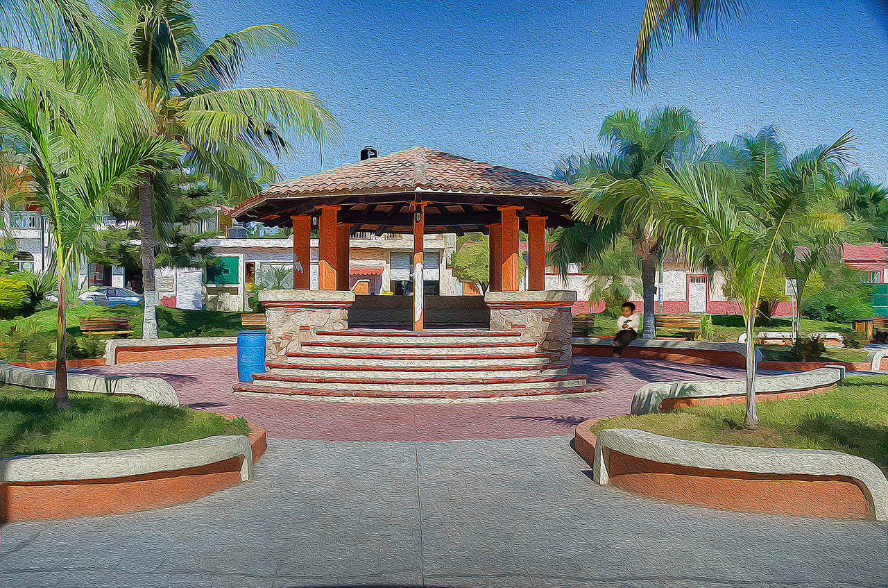 Plaza Central, La Cruz de Huanacaxtle