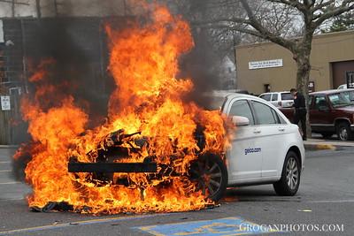 Car Fire 7-11 Franklin Ave 4/11/13