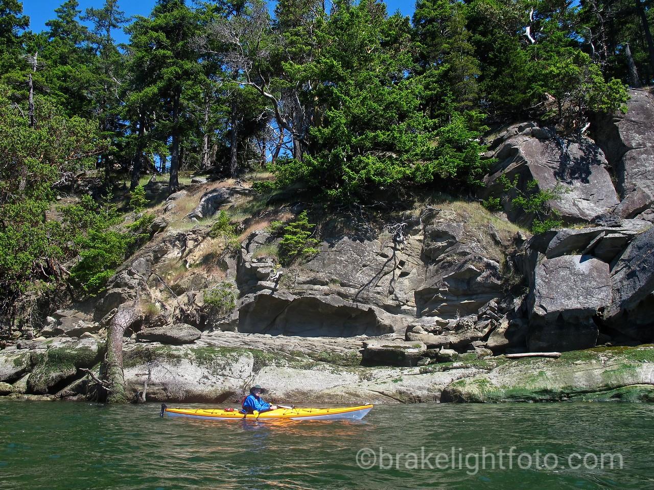 Kayaker along Tumbo Island