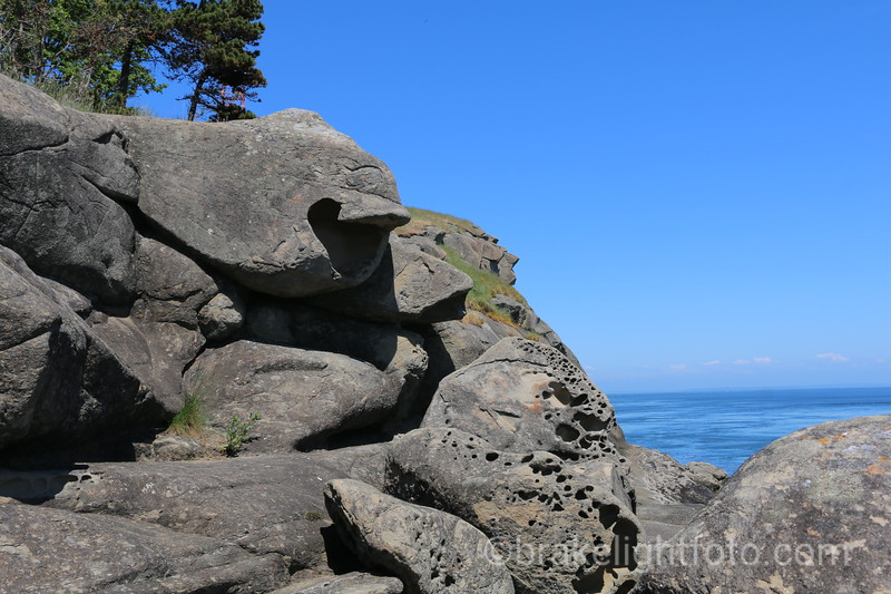 East Point Sandstone Formations