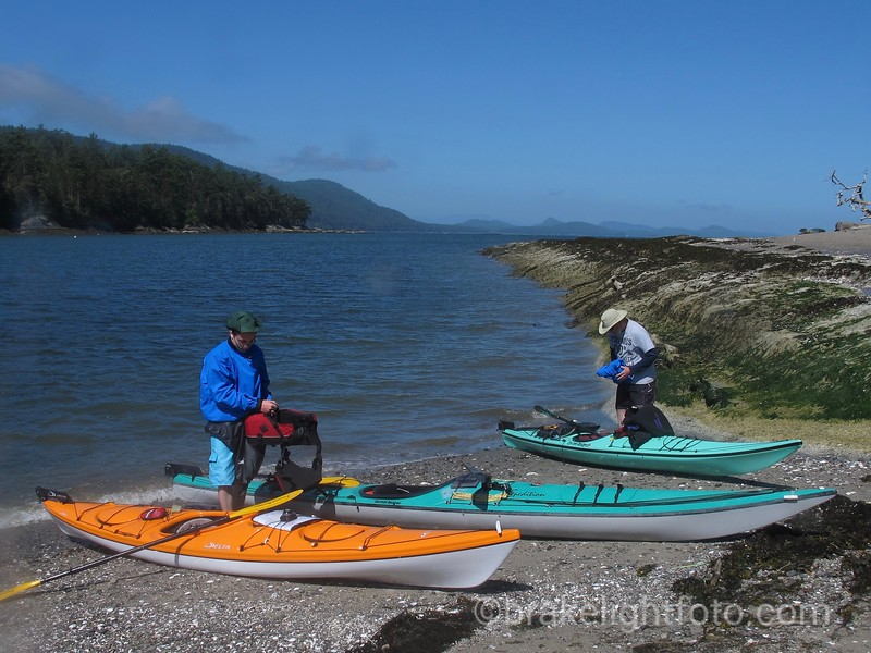 Kayakers on Cabbage Island