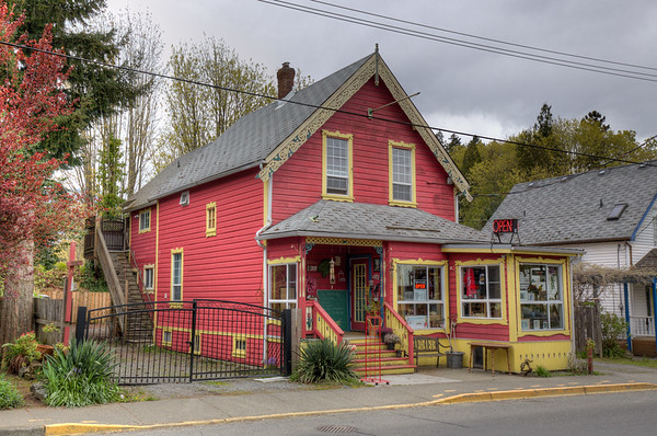 Victorian Heritage Character House - Chemainus, Vancouver Island, BC, Canada