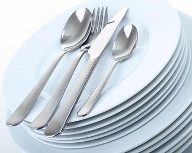 assiettes et couvert