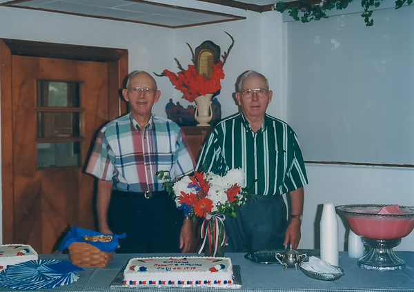 Twins 80th Birthday, Ollie IA (July 1998)