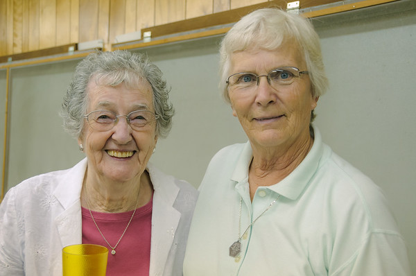 Neoma and Margaret, Ollie IA (9 August 2009)
