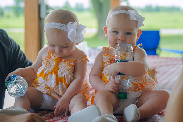 Rylan and Brylee (Charles), Centerville IA (16 June 2012)