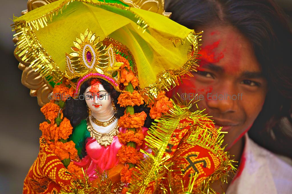 Honoring Saraswati - Varanasi, India