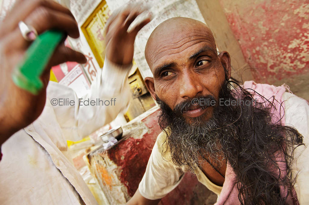 Straight Razor Shave - Varanasi, India