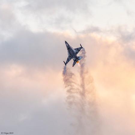 F-16 Dark Falcon