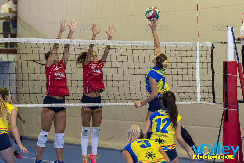 #iLoveVolley #VolleyAddicted #‎VolleyStars2016  Volley Stars 2016 - U18F Semifinale Cermenate - VBC Cassano 2-1 Cagno (CO) - Domenica 11 settembre 2016  Guarda la gallery completa su www.volleyaddicted.com (credit image: Morotti Matteo/www.VolleyAddicted.com)