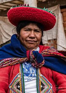 Chinchero Weaving Village