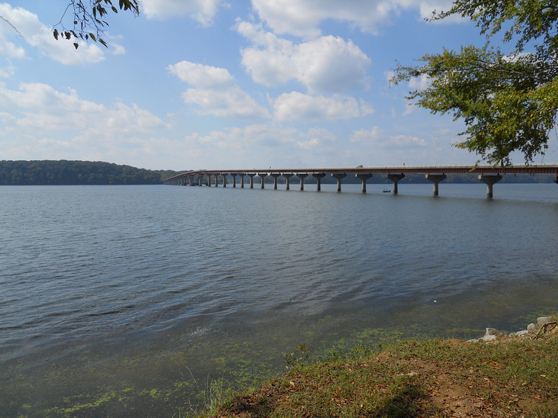 Tennessee River, Natchez Trace, MS