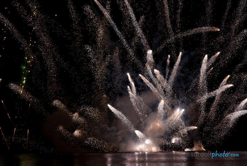 Fireworks at Casino du Lac Leamy
