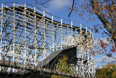 3146-Flying Comet Roller Coaster