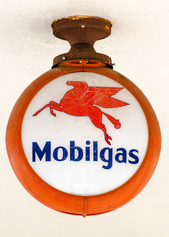 Gonzales Mobilgas Light
