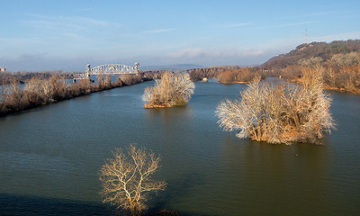 Arkansas River at Van Buren, Arkansas, winter
