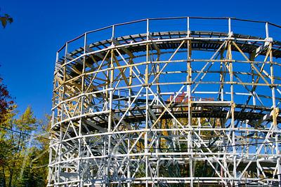 3144-Flying Comet Roller Coaster