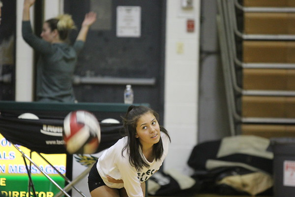 Varsity Girls Volleyball vs. Wheaton HS 9-11-2018