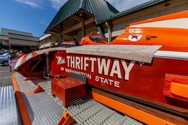 Stills: Miss Thriftway U-60 Unlimited Hydro Live Fire-up 09/11/2015
