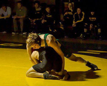 Varsity Wrestling v Klahowya